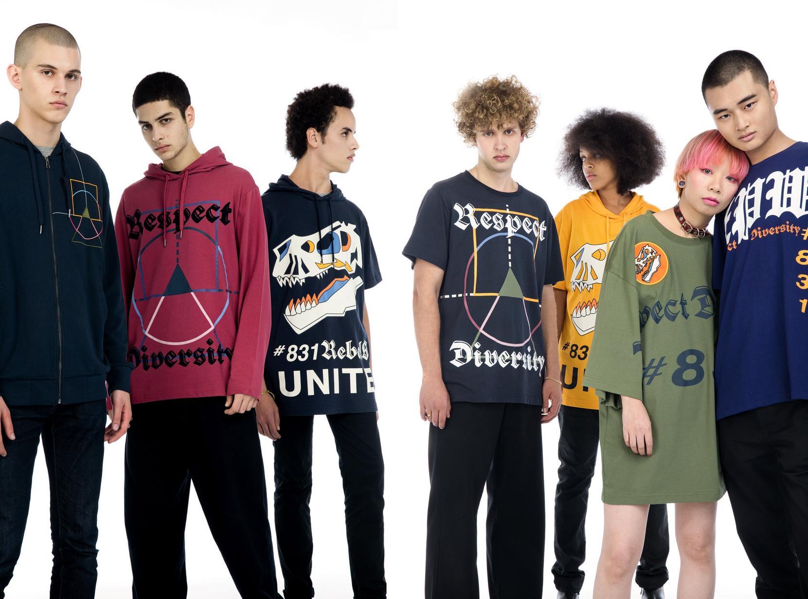 T-shirts - BLD - Sweatshirt met dinoprint ZulupaPUWA